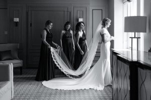 Chateau Frontenac getting ready bride