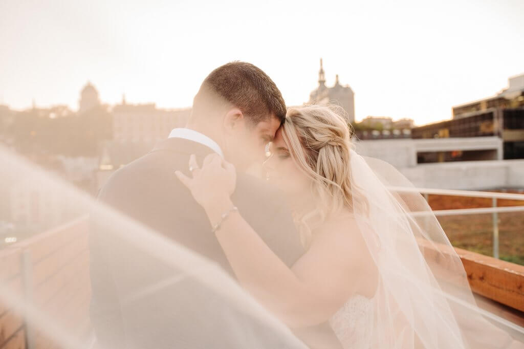 Sunset wedding quebec city photographer